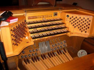 Hyde Park Comm. United Methodist Church – Casavant Organ