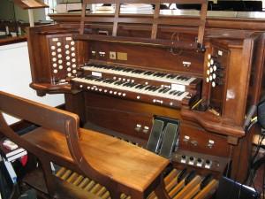 Mt. Carmel Baptist Church – Aeolian-Skinner Organ