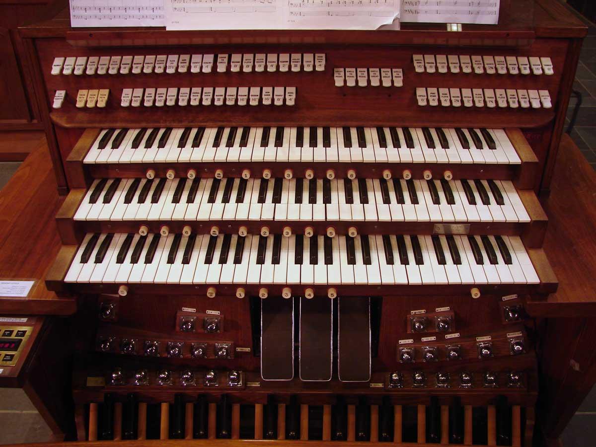 Christ Church Cathedral, Cincinnati – Holtkamp Organ